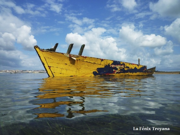 06 EL BOTE AMARILLO fotofenix 2011